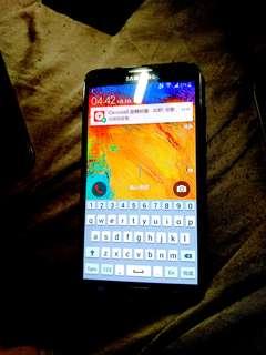 Samsung Galaxy Note3 黑色嘅。八成新