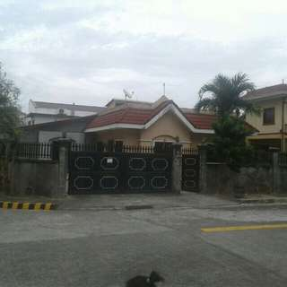 House and lot negotiable