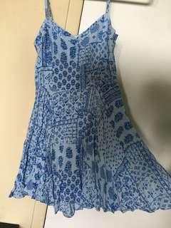 Aritzia/Talula dress size 0 never worn