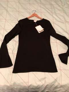 Sz s Witchery long sleeve top new