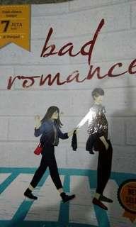 """Novel """"Bad Romance"""" Penulis Wattpad terkenal / *Free Ongkir*"""