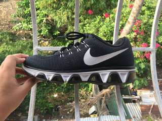 Authentic Nike Tailwind 8