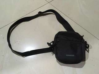 mini sling bag pull and bear original
