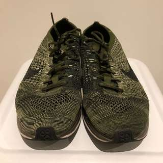 Nike Flyknit racers Olive colour no box 8.5/10 condition