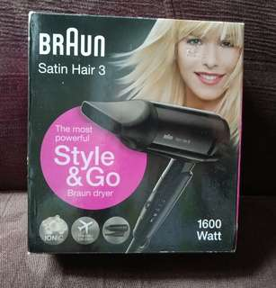 BRAUN - HAIR DRYER