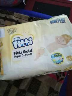 Fitti Gold Tape Diapers Size S