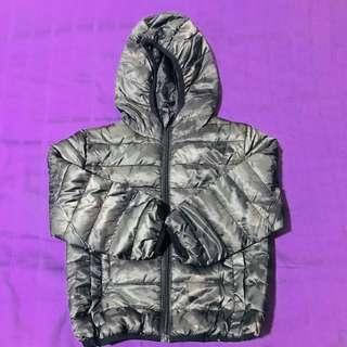 Windbreaker / Ultra Lightweight Jacket