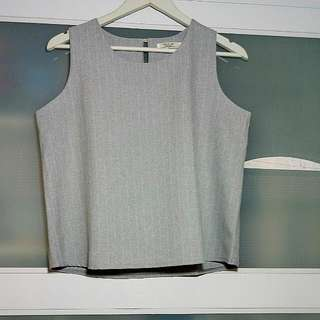 Minimalistic Grey Top With Gold Button