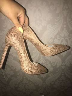BRAND NEW SPARKLY HEELS