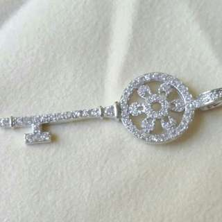 Silver color micropaved zirconia key necklace with chain,  45 cm, 微鑲鋯石鎖匙頸鏈,鏈長45厘米