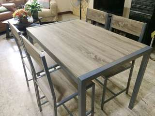 Grey Scandinavian 4-seater Table