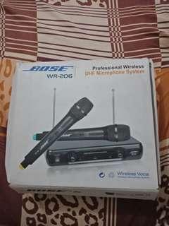 UHF WIRELESS MICROPHONE!!