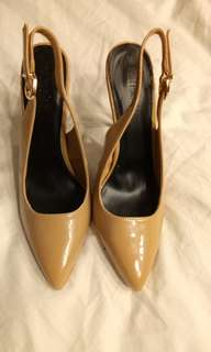 Parisian Heels, Nude.  Size 8. No box. Use once for a photoshoot only.