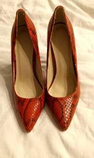 Parisian Heels, Red. Size 7.