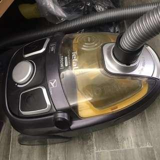 Tefal吸塵機(原價$1400)