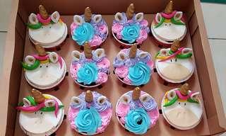 Unicorn Cupcakes 12pcs 2 design