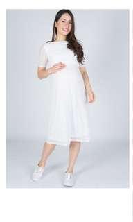 Jumpeatcry Abigail white nursing maternity dress