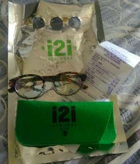 i2i eyeglass (replaceable lens)