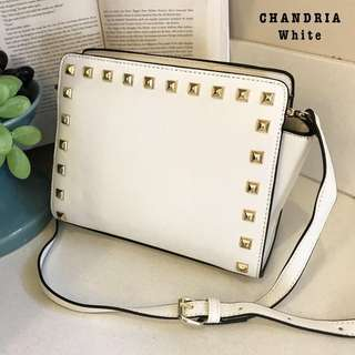 Chandria Slingbag
