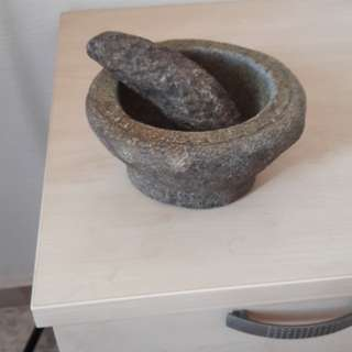 Antique granite chilli pounder more then 60 years old    Opening is 12 cm and hight is 8 cm  outer diamter is 17 cm  Bukit Batok