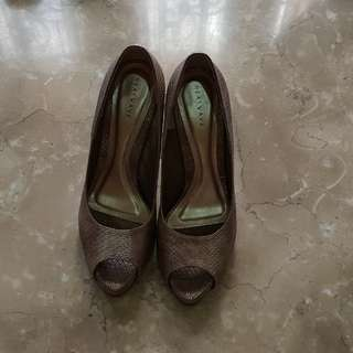 Heatwave shoes