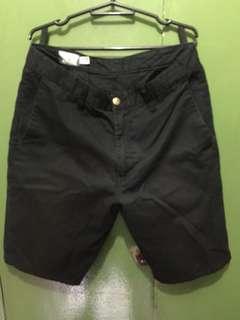 VOLCOM short black , size 32
