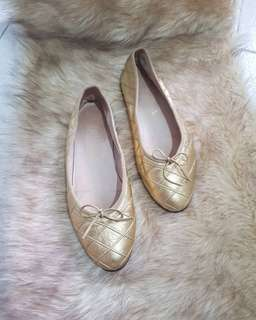 Authentic Chanel Metallic Gold Quilted Leather Ballerinas Size 35.5