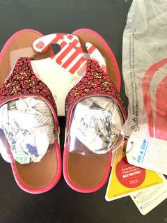 Sandal fitflop
