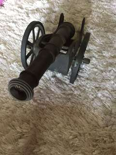 Meriam tembaga antique