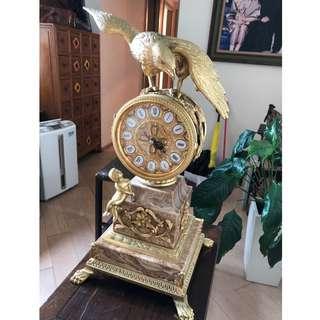 歐陸式古老鷹鐘