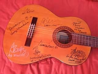Eks gitar charity
