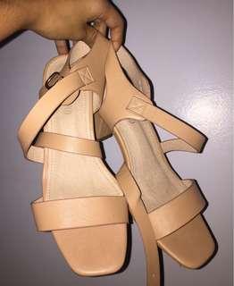 Block Heels (leaveland in ayala)