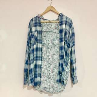 Bethany Mota Plaid x Floral Hooded Top