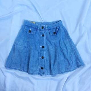Button-down Denim Skirt
