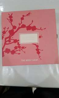 The body shop Japanese cherry blossom voyage collection