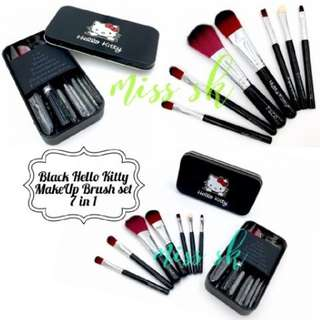 Black Hello Kitty Brush 7in1