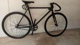 Airwalk pista light fixed gear bike