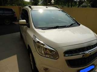 Chevrolet spin 2013 matic putih LTZ