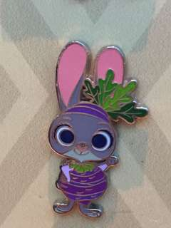 Disneyland Pin 徽章 Judy