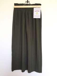 Berrybenka Vintage Green Skirt
