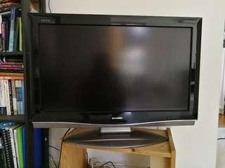 SHARP 32'' TV