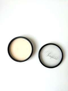 Sonya translucent pressed powder