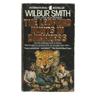 Wilbur Smith - The Leopard Hunts In Darkness