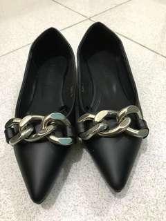 Parisian shoes size 5