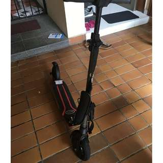 E-TWOW Booster V2 Grey Scooter with 10.5 Ah 36v Battery (40-45 Km) with Accessories and Warranty
