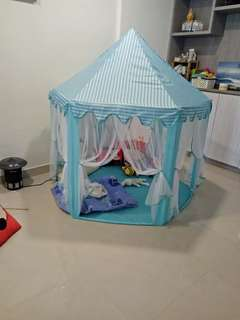 Kid's tent