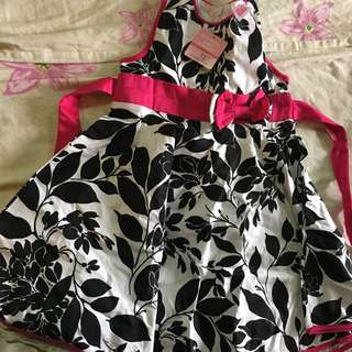 NEW Girl's Dress Size 5 Y