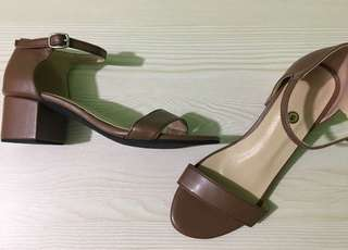 """""""FAYE"""" in Brown Customizeable Sandals"""