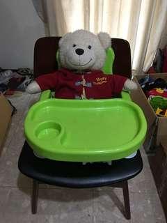 🚚 幼兒餐座椅
