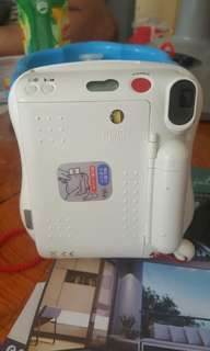 HELLO KITTY Instax mini 25